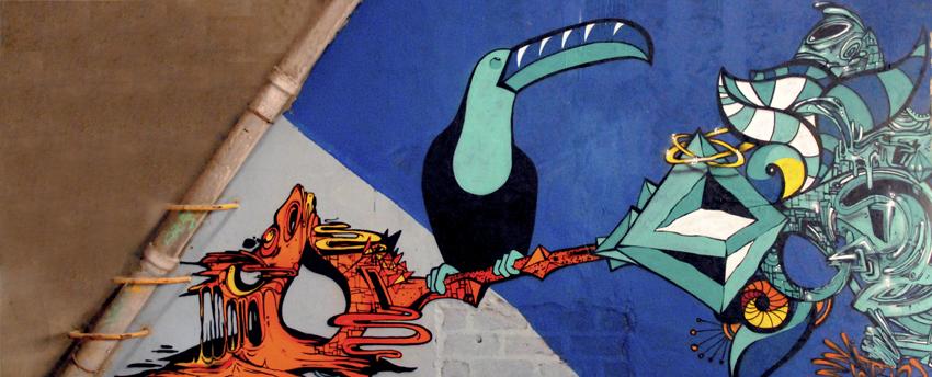 arles_toucan_graffiti