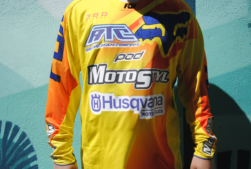 maillot moto personnalisé poitrine