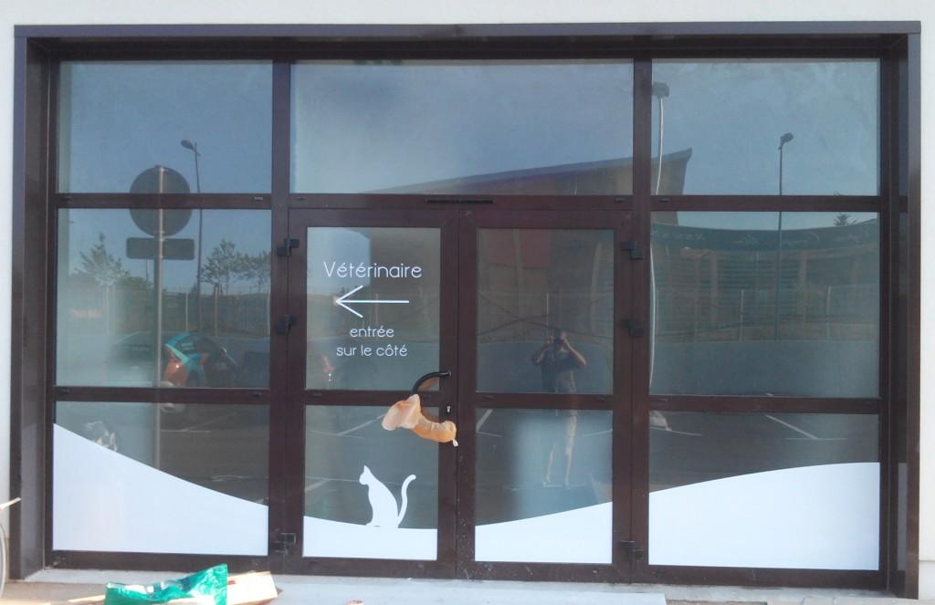 vitrine-depoli-blanc